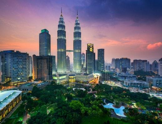 Petronas Towers & Kuala Lumpur's Skyline